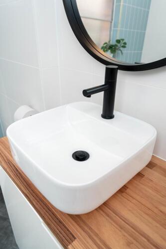 Packaged-Deal-Bathroom-109