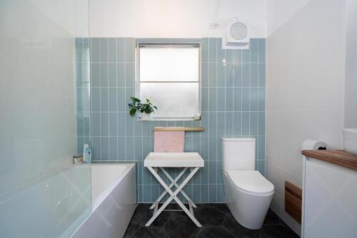 Packaged-Deal-Bathroom-113