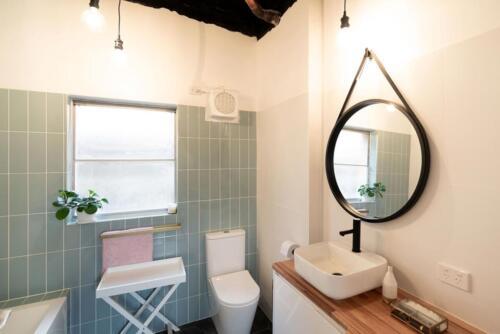 Packaged-Deal-Bathroom-124