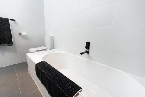 Packaged-Deal-Bathroom-147
